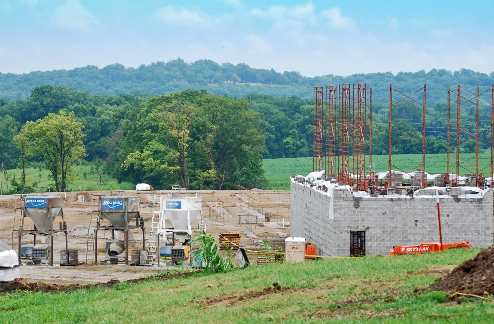 Independence Public School District is Bonding & Building